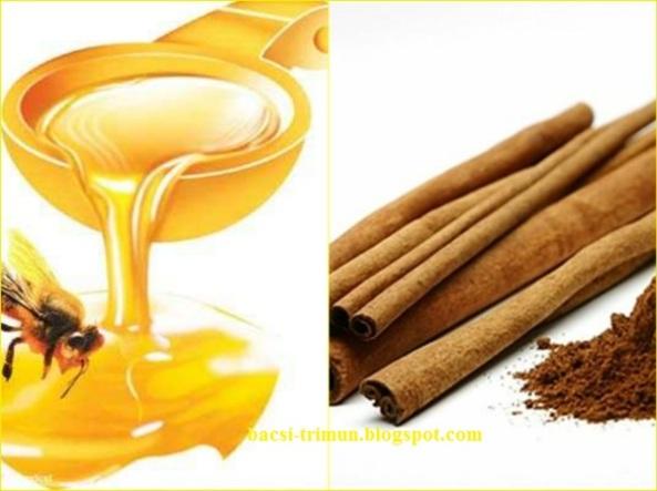 Kết hợp mật ong và bôt quế trị mụn nam giới hiệu quả